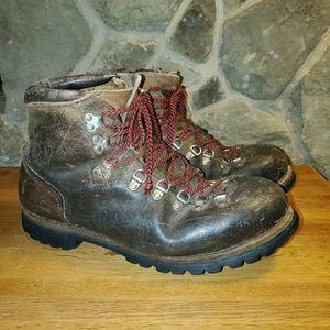 Vasque 6230 vintage mountaineering boots 13 D
